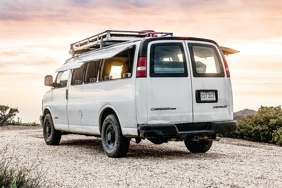 Hipster DIY Camper Van